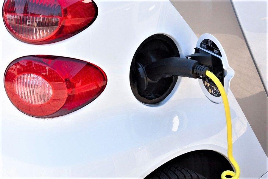К 2050 году не останется машин с бензиновыми двигателями?