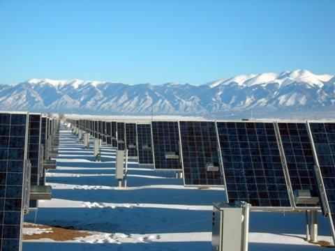 Стоит ли поддерживать в РФ возобновляемую энергетику и в каком объеме