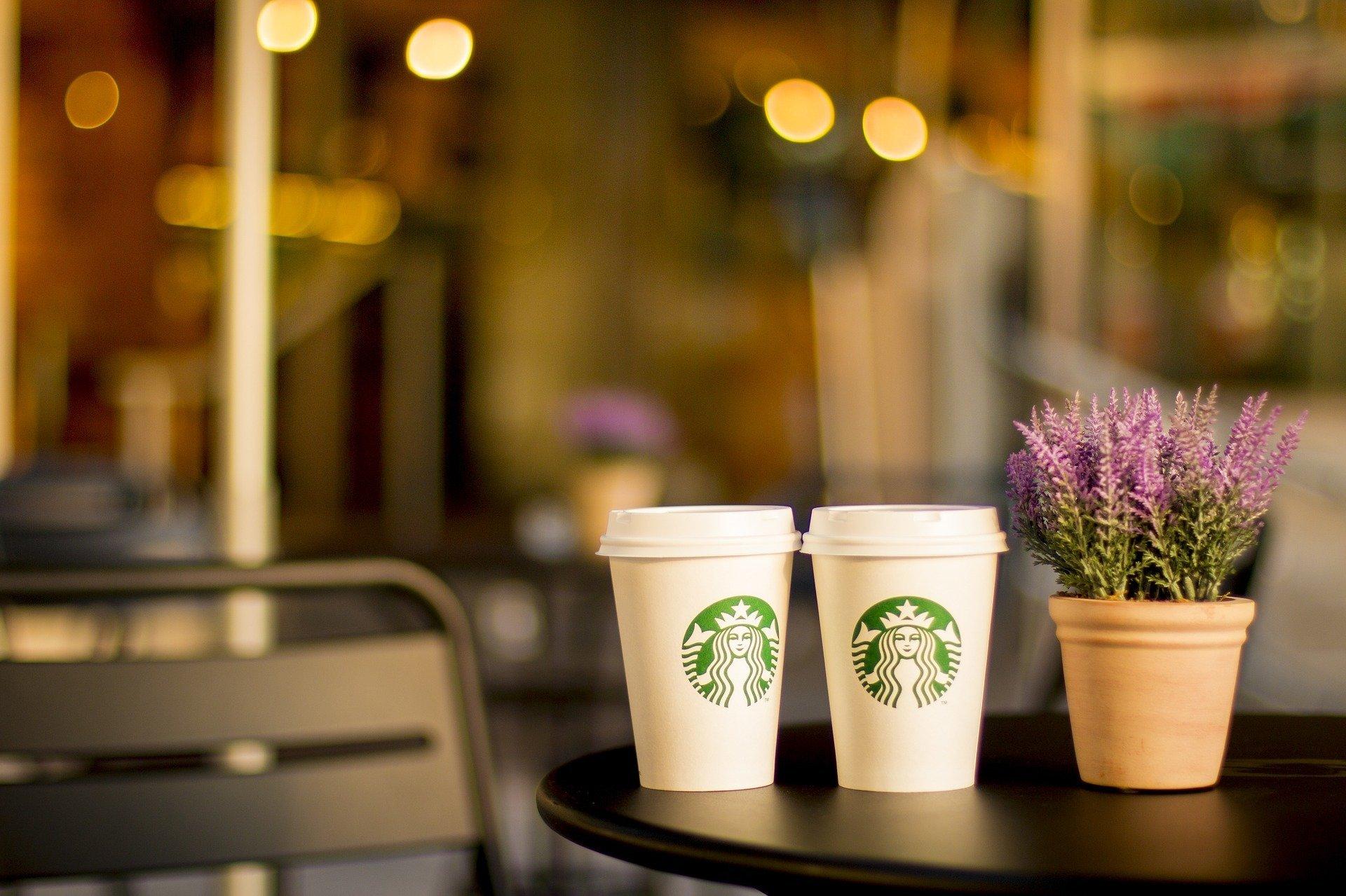 Starbucks откажется от одноразовых стаканов в Южной Корее