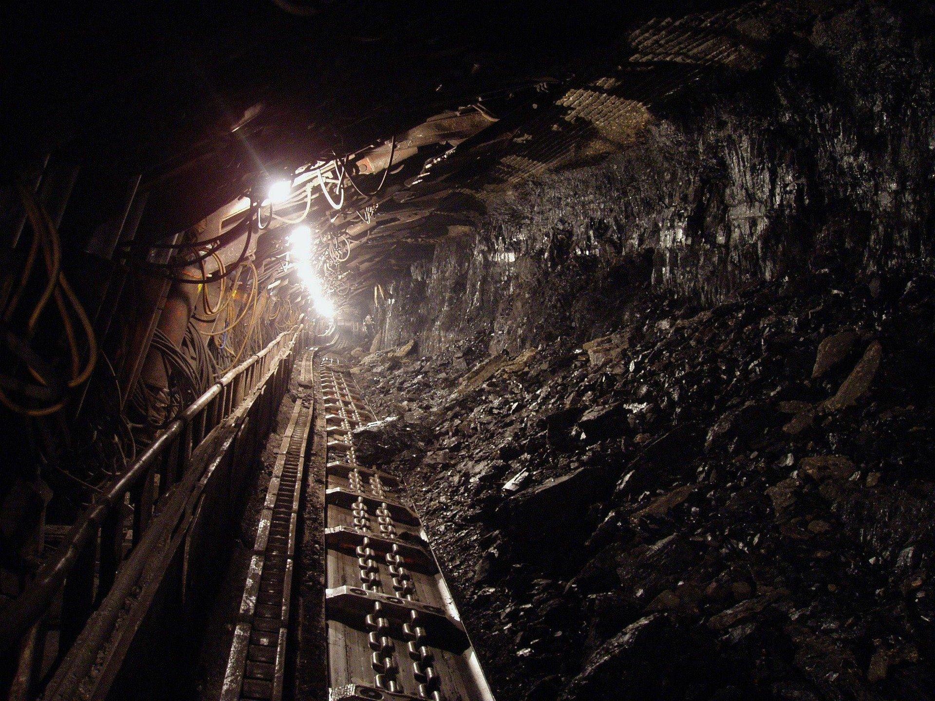Рекордное закрытие угольных станций на Западе компенсируется угольным бумом в Китае