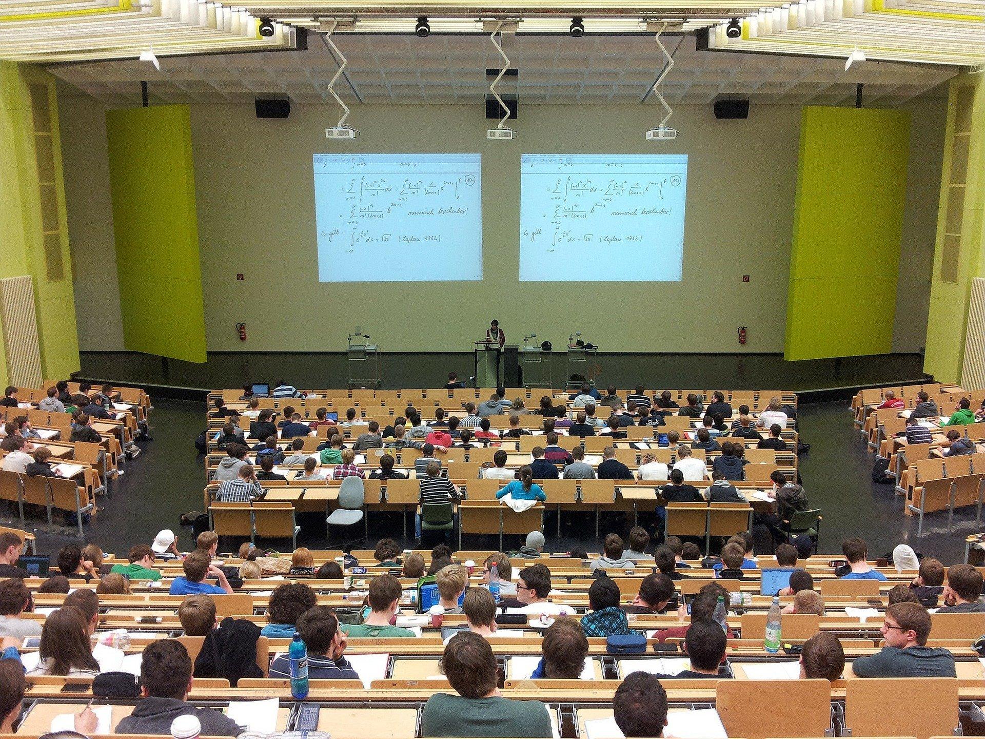 Как коронавирус изменил мировые университеты
