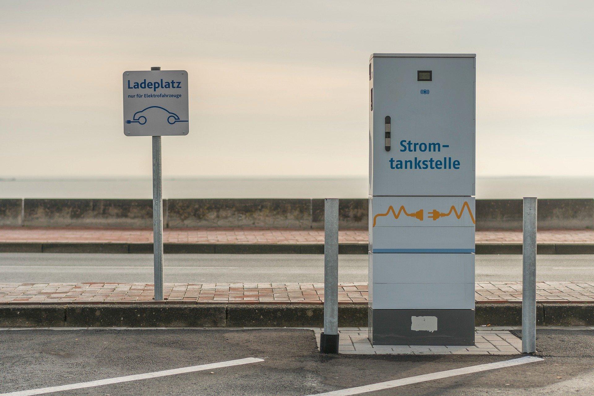 К 2030 году количество электромобилей в мире может вырасти в 14 раз