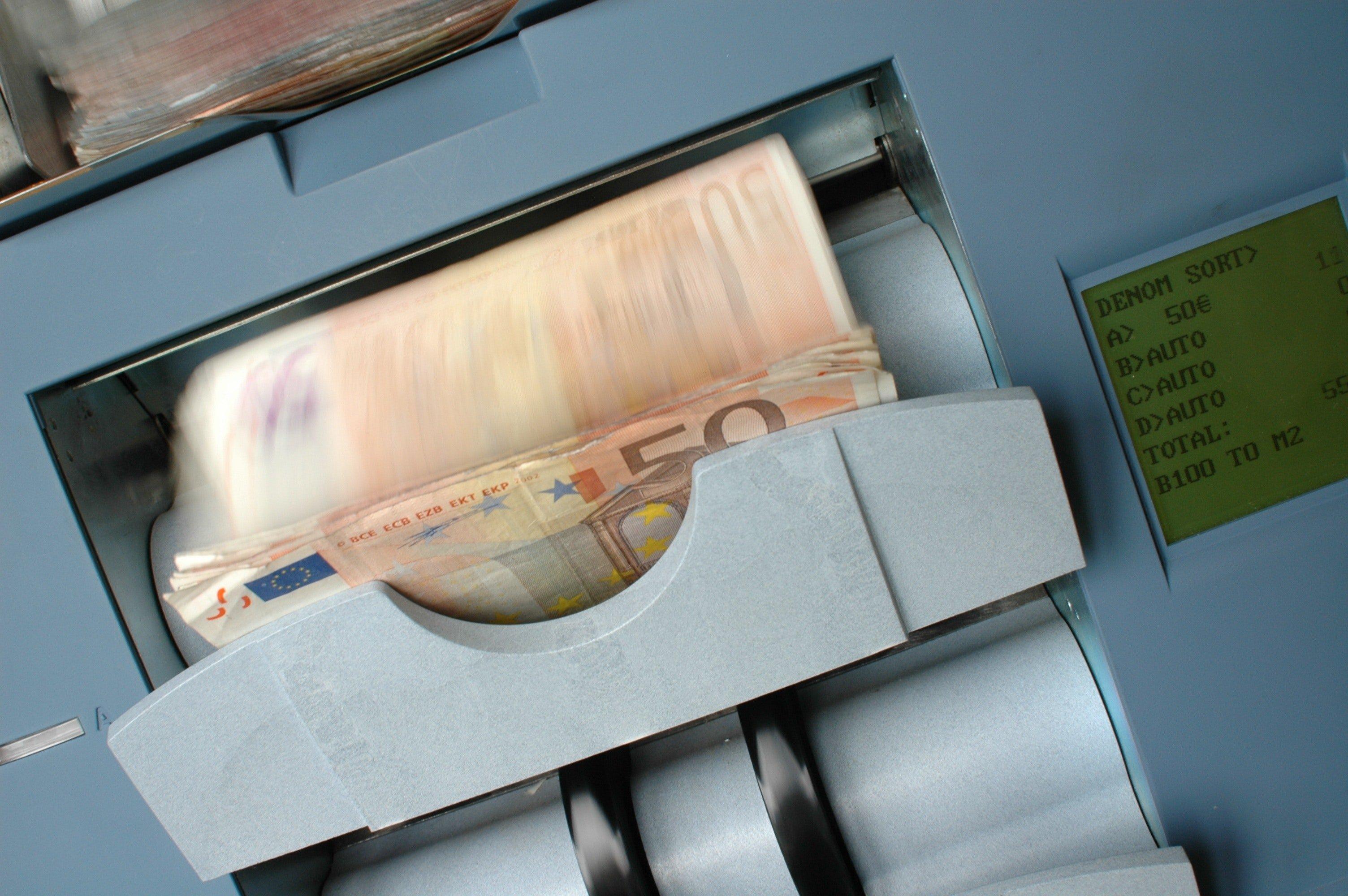 ENEL разместил рекордные многотраншевые облигации, связанные с устойчивым развитием