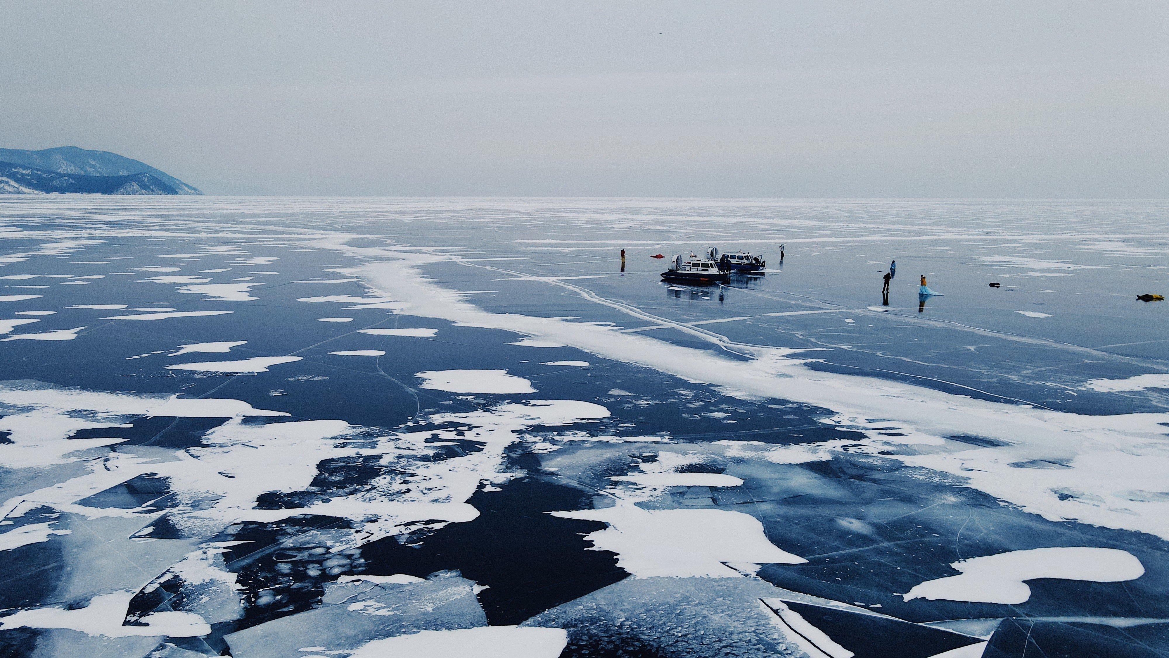 На Байкале собрали более 300 тонн мусора